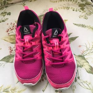 Other - Reebok Smooth Fuse Running Athletic Shoe